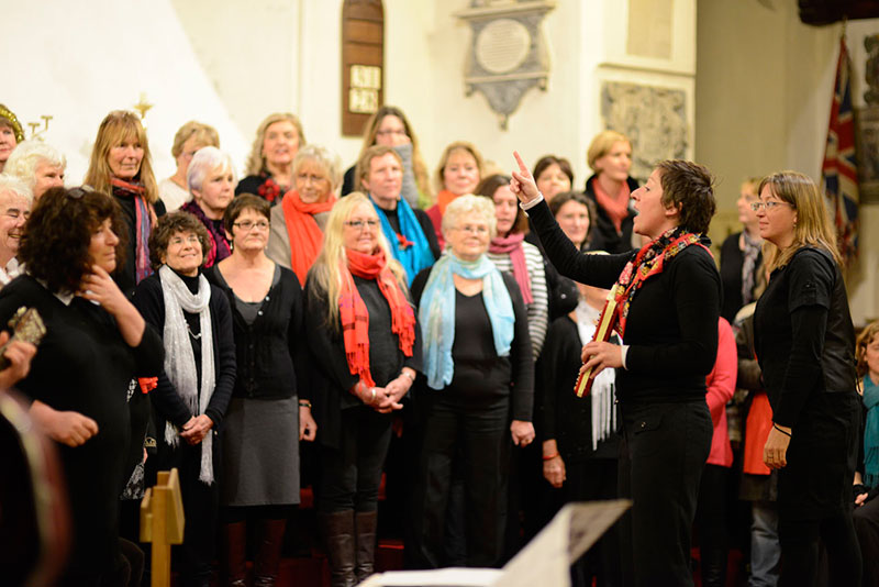 Lost In Song at Dickensian Night, courtesy of Peter Bland