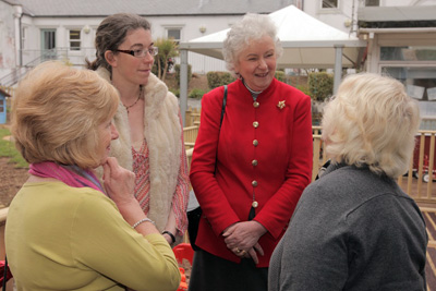 Lady Mary Holborow meets people at the Preschool