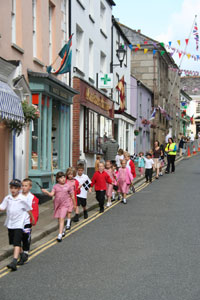 Children from Lostwithiel school